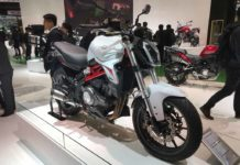 Benelli 302S at EICMA (benelli 302s india launch)