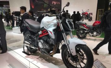 Benelli-302S-at-EICMA.jpeg