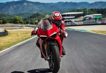 Ducati Panigale V4 Superbike Revealed - Price, Engine, Specs, Features, Performance 2