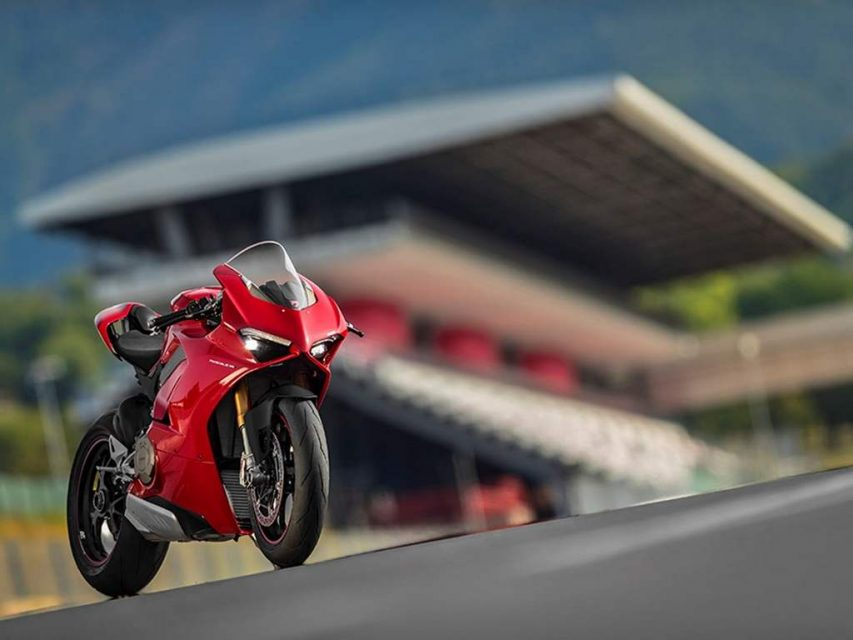 Ducati Panigale V4 Superbike Revealed - Price, Engine, Specs, Features, Performance 5