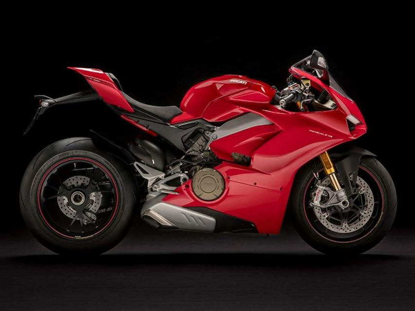 Ducati Panigale V4 Superbike Revealed - Price, Engine, Specs, Features, Performance 9