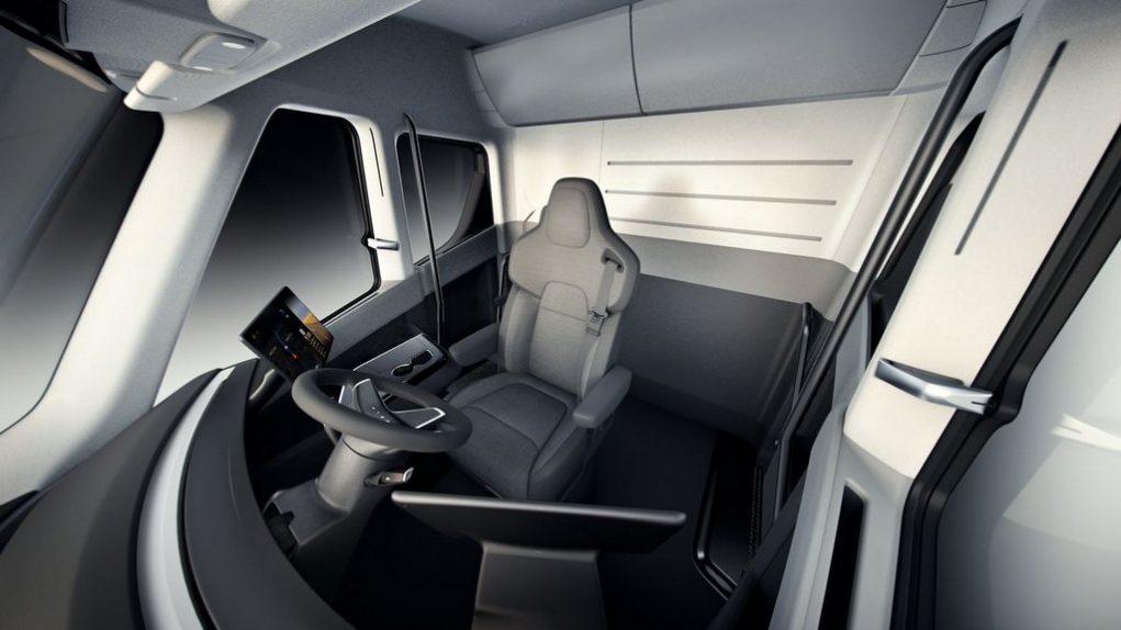 Tesla Semi Truck Revealed, Price, Specs, Features, Range, Top Speed 2