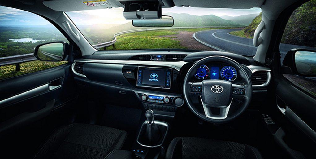 Toyota-Hilux-Revo-5.jpg