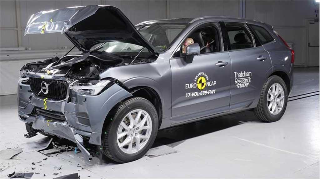 Volvo crash test