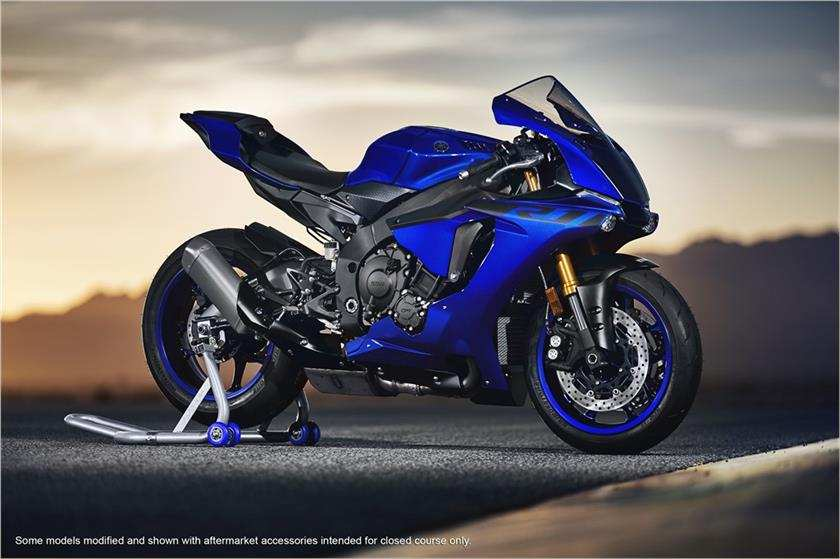 2018 yamaha yzf r1 launched in india price engine for Yamaha r3 mpg