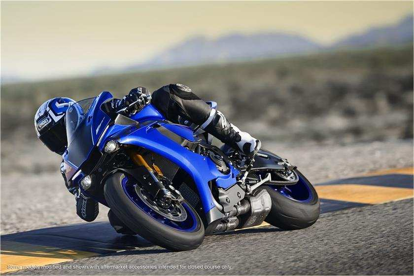 2018 yamaha yzf r1 launched in india price engine for Yamaha r1 top speed