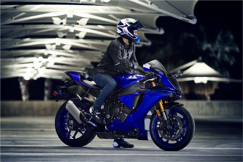 2018 yamaha yzf r1 launched in india price engine specs features. Black Bedroom Furniture Sets. Home Design Ideas