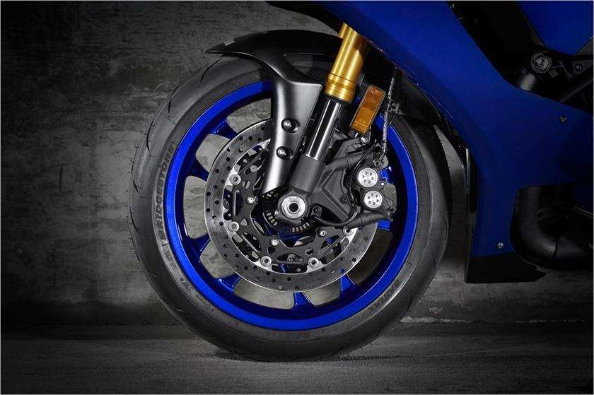 2018 Yamaha YZF-R1 Launched In India - Price, Engine, Specs