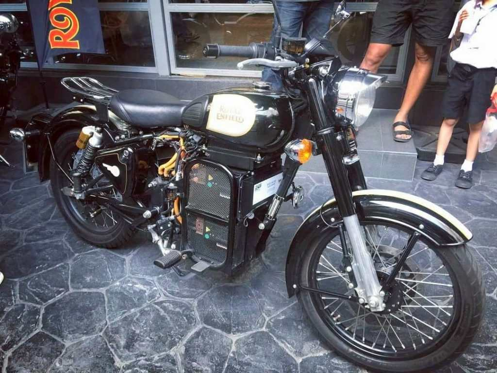 would you buy an electric royal enfield classic 500. Black Bedroom Furniture Sets. Home Design Ideas