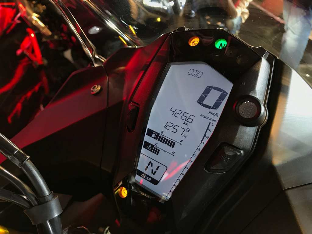 TVS Apache RR 310 Launched In India - Price, Engine, Specs, Pics