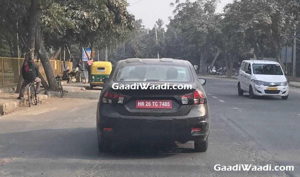 2018 Maruti Suzuki Ciaz Spied - India Launch, Price, Engine, Specs, Featurees, Interior