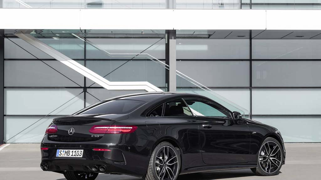 mercedes amg uncovers e53 coupe and cabriolet in detroit. Black Bedroom Furniture Sets. Home Design Ideas