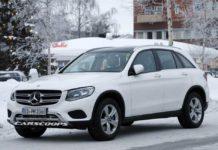 2019-Mercedes-Benz-GLC-Front.jpg