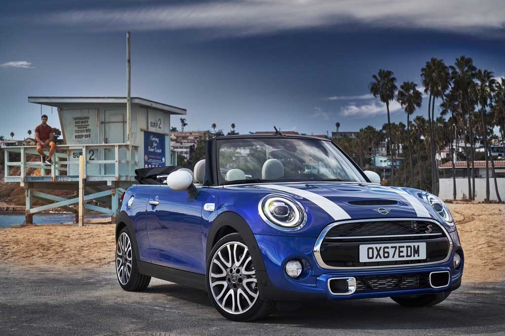 2019 Mini Hatchback And Convertible Unveiled Ahead Of