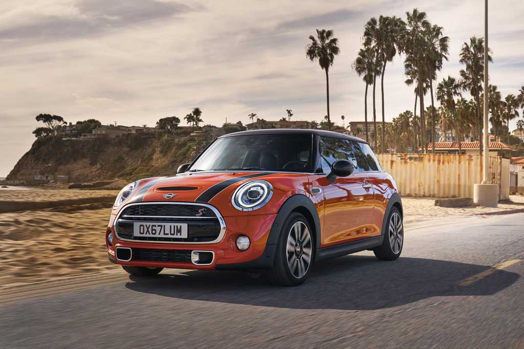 Updated 2018 Mini Cooper Range Launched In India From Rs 2970 Lakh