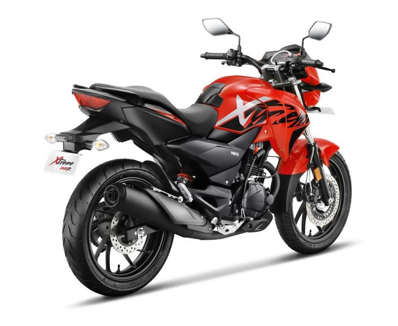 Xtreme 200 R Red 3-4th Back