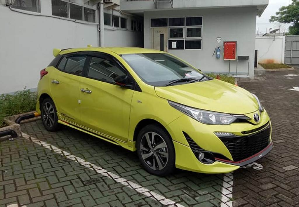 2018 toyota yaris trd sportivo spied undisguised ahead of launch. Black Bedroom Furniture Sets. Home Design Ideas