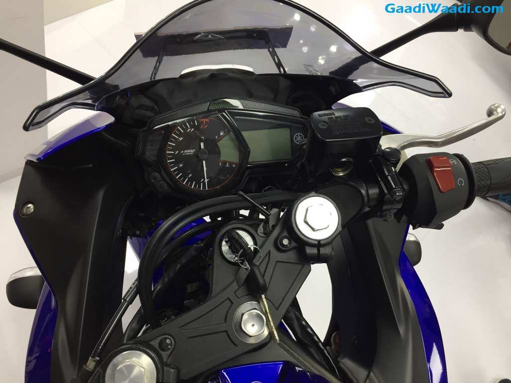 2018 auto expo yamaha yzf r3 bs4 launched in india at rs for Yamaha yzf r3 price
