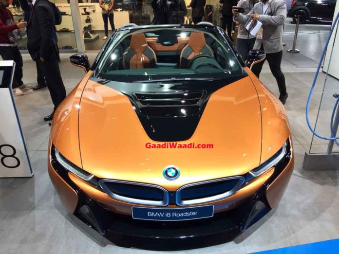 2018 auto expo new bmw i8 roadster comes to the fore. Black Bedroom Furniture Sets. Home Design Ideas