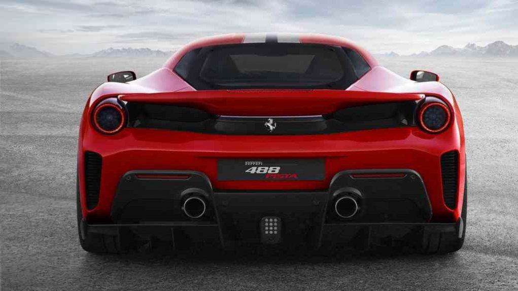 Ferrari 488 Pista 4