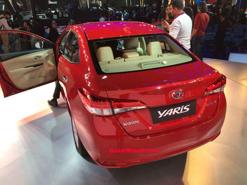 Toyota-Yaris-Rear.jpg