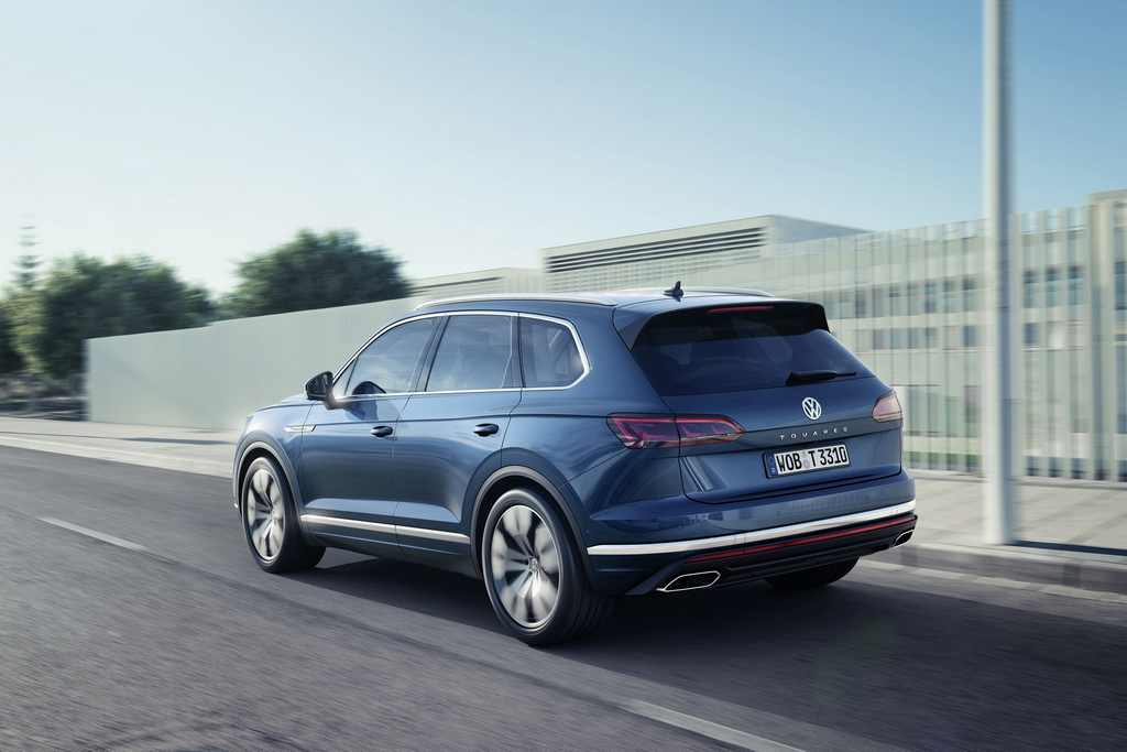 2019 Volkswagen Touareg Revealed Rear