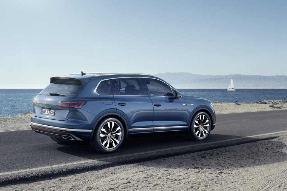 2019 Volkswagen Touareg Revealed Side Profile