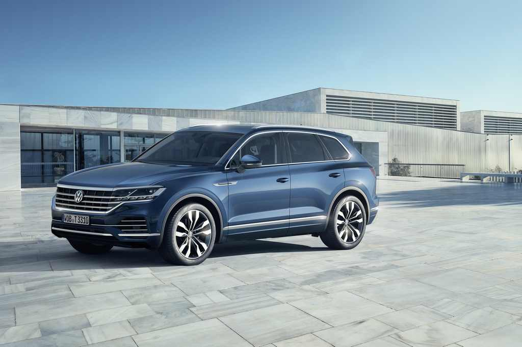 2019 Volkswagen Touareg Revealed