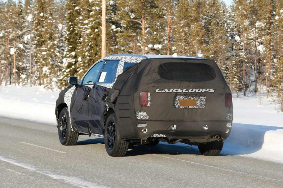 Upcoming Eight-Seat Hyundai SUV Spotted Testing 4