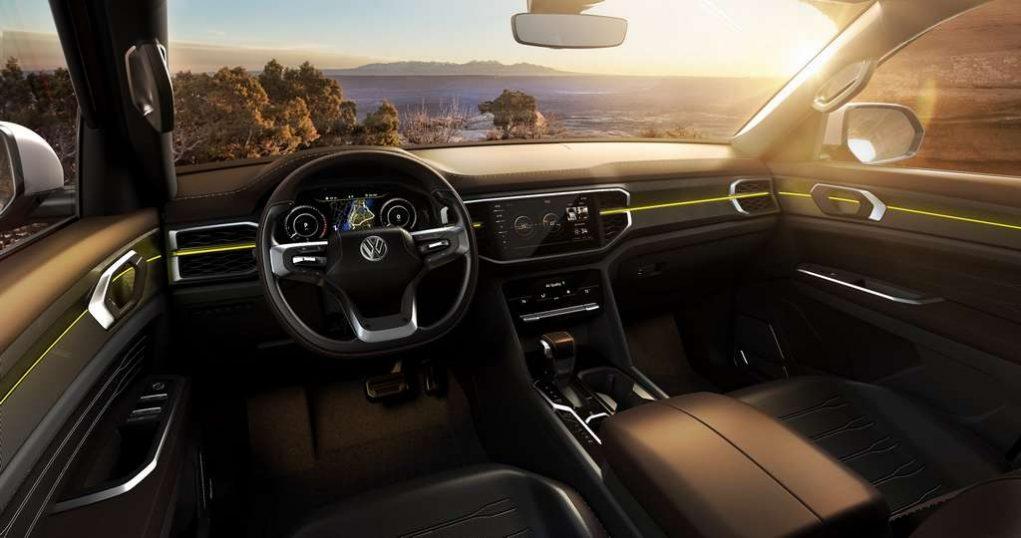 Volkswagen Atlas Tanoak Pickup Concept 4