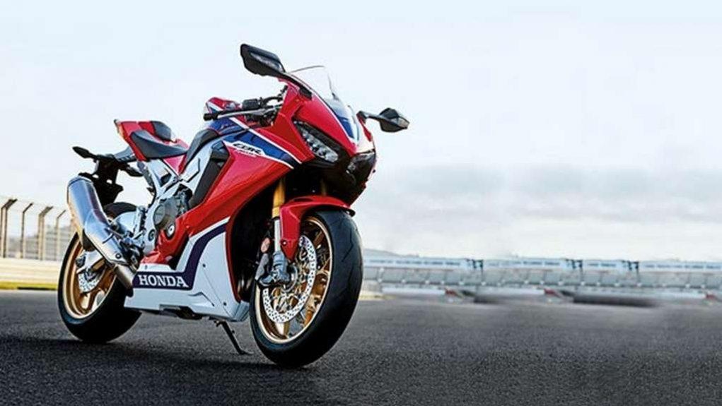 2018 Honda CB1000RR 2