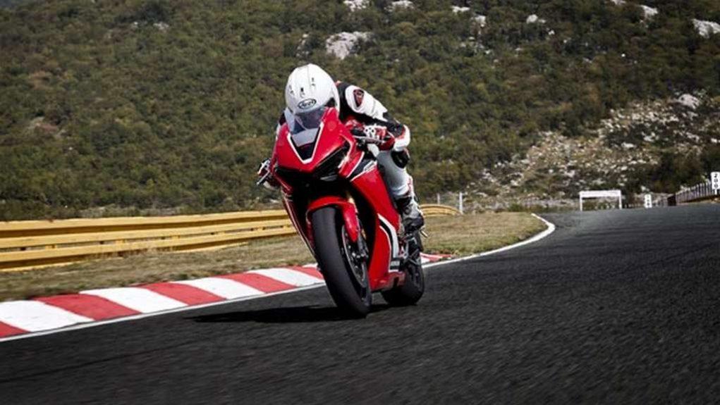 2018 Honda CB1000RR 3