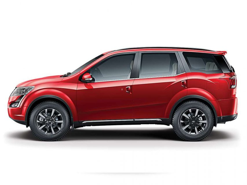 2018 Mahindra XUV500 Launched In India - Price, Specs, Images, Interior, Features, Updates 2