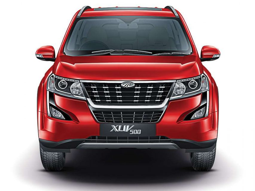 2018 Mahindra XUV500 Launched In India - Price, Specs, Images, Interior, Features, Updates 8