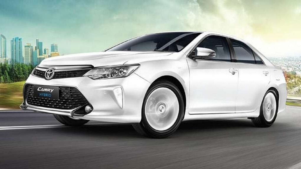 2018 Toyota Camry Hybrid launched at Rs 37.22 lakh 1