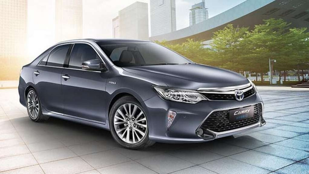 2018 Toyota Camry Hybrid launched at Rs 37.22 lakh 2