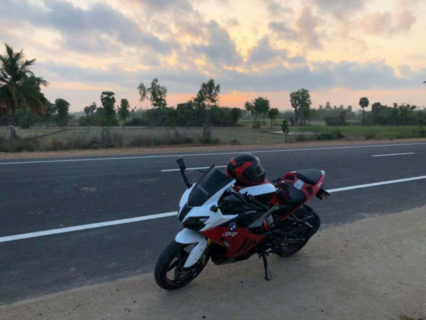 TVS Apache RR 310 Customised To Look Like BMW S1000RR 1_