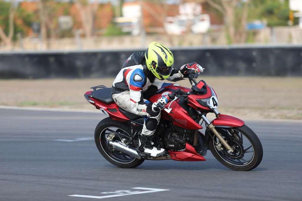 TVS Young Media Racer 2018 - TVS Racing 7