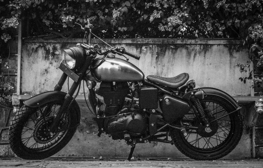 This Stripped-Out Royal Enfield Classic 500 by Rajputana Customs Is Attention Seeker 1