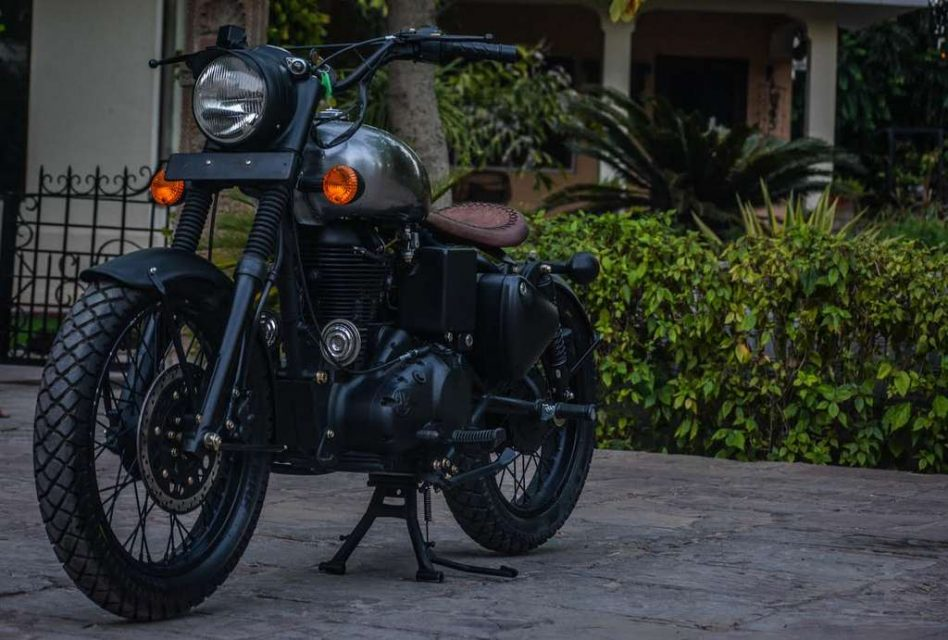 This Stripped-Out Royal Enfield Classic 500 by Rajputana Customs Is Attention Seeker 3