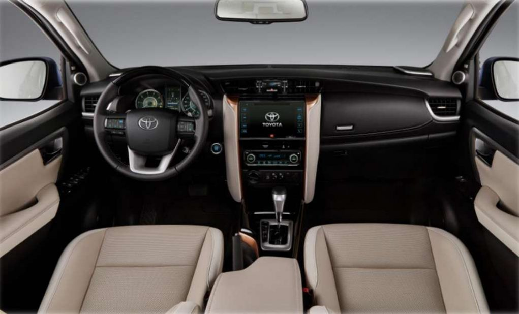 Toyota Fortuner Diamond Edition Interior