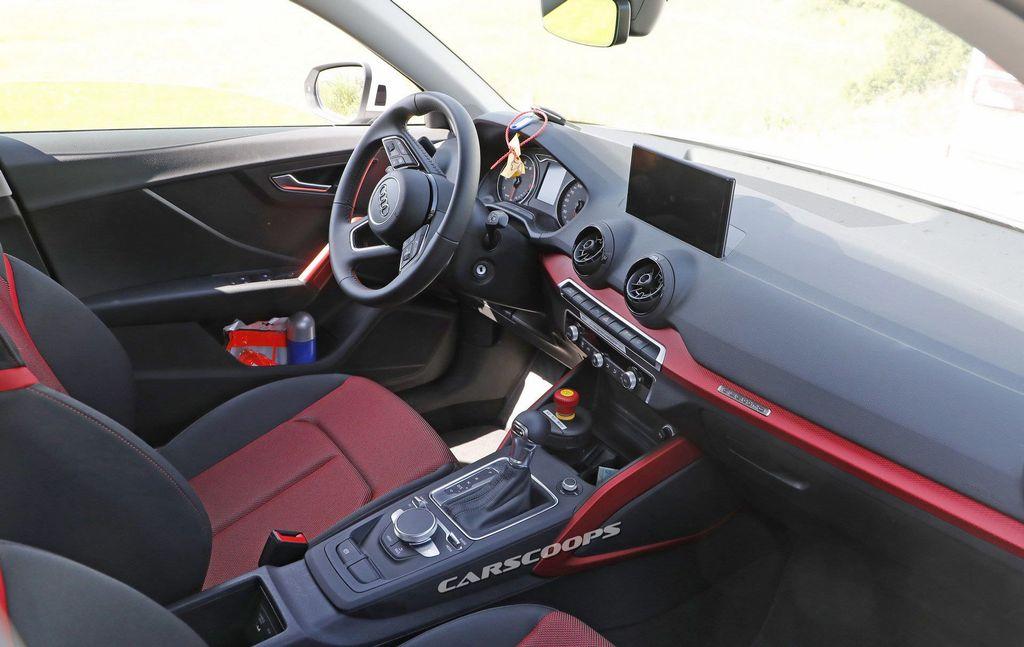 Audi-SQ2-7