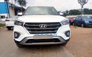 Hyundai-Creta-spotted-at-dealership-front