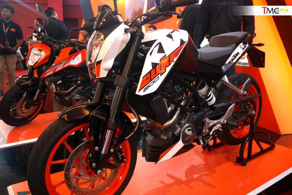KTM-Duke-200-left-side