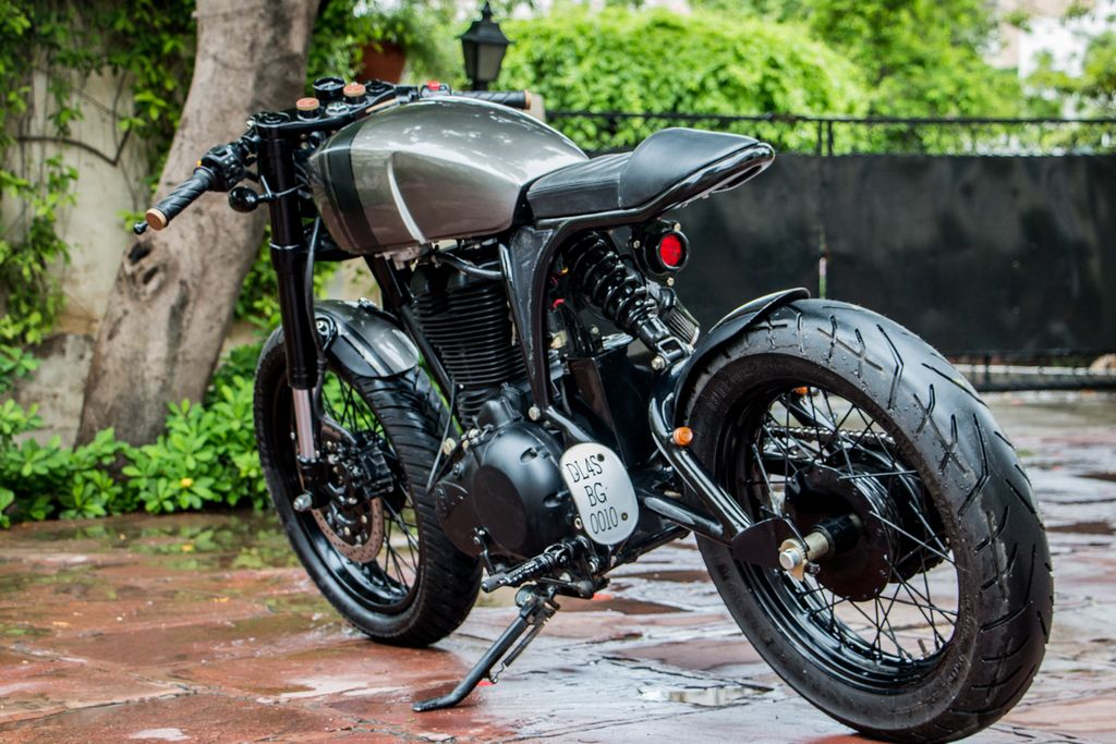 RE-500-Cafe-Racer-by-Rajputana-Customs-2