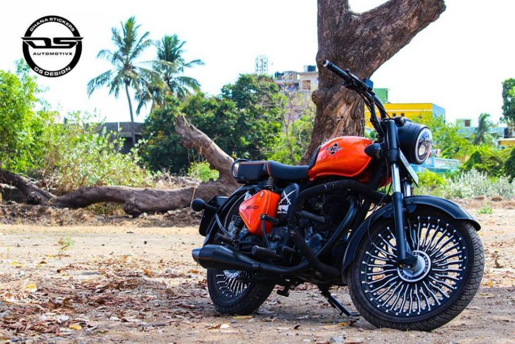 Royal-Enfield-Standard-350-modified-by-Dhana-Stickers-5