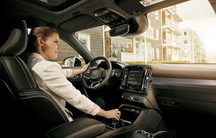 Volvo embed Google Assistant, Google Play Store and Goog