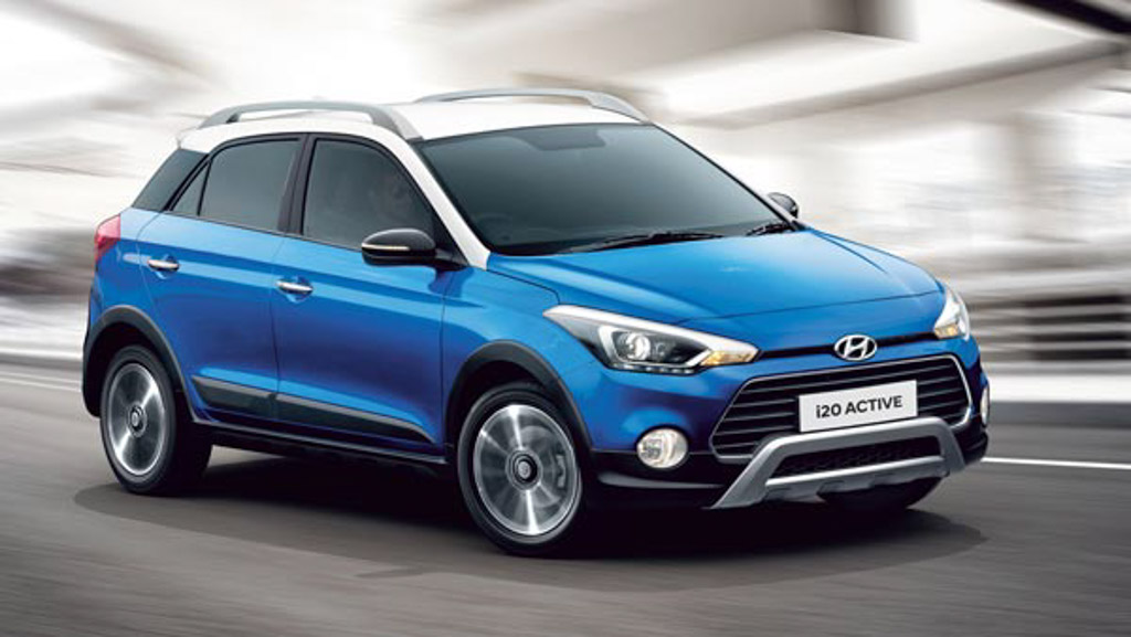updated-2018-hyundai-i20-active-dual-tone-1
