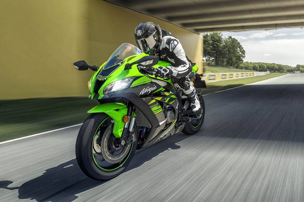 India Made 2018 Kawasaki Ninja Zx10r Sees Rs 6 Lakh Price Reduction