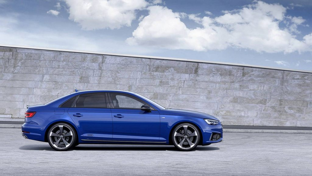 India Bound 2019 Audi A4 Facelift Revealed With Styling Updates